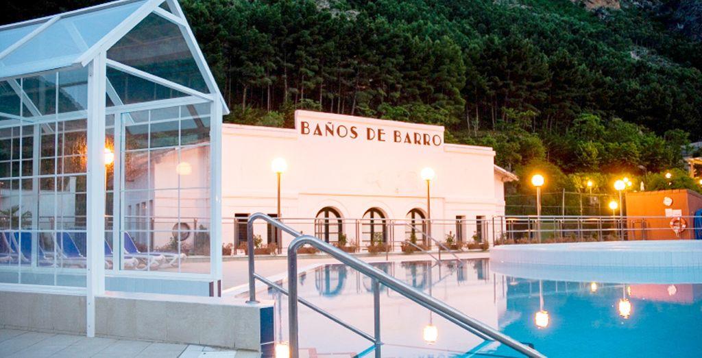 Disfruta de tu acceso diario a la Piscina Termal Activa, Parque termal y al gimnasio - Hotel SPA TermaEuropa Balneario Arnedillo 4* Logroño