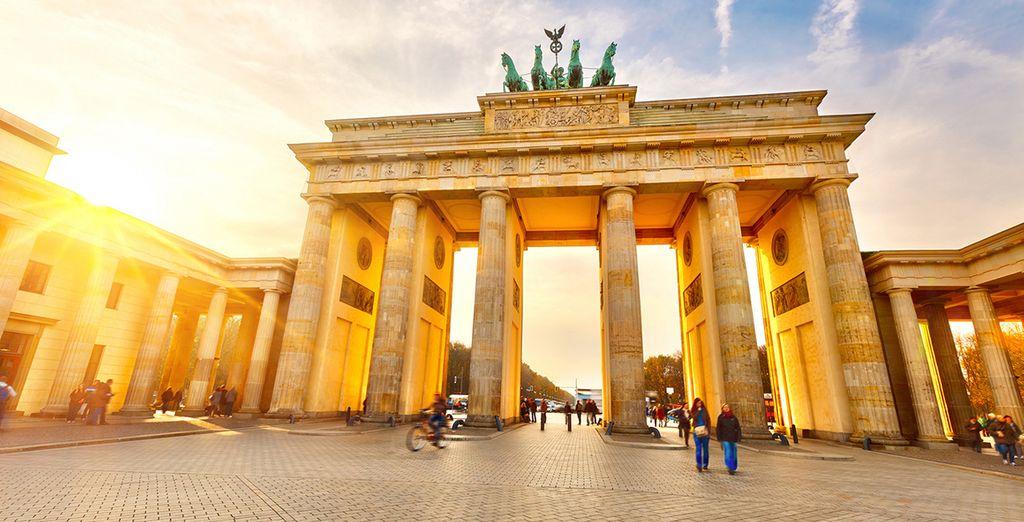 No puede perderse la emblemática Puerta de Brandenburgo...