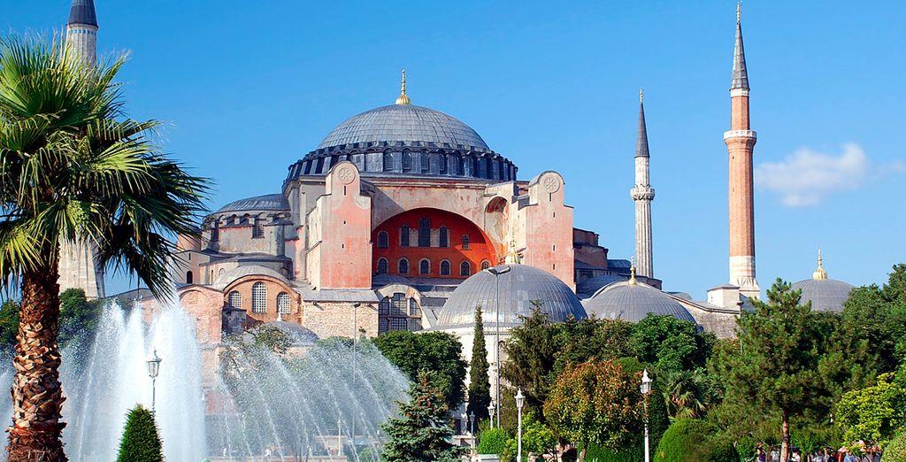 Baños Mas Antiguos De Estambul:El Mercado de las Especias es uno de los más antiguos de Estambul
