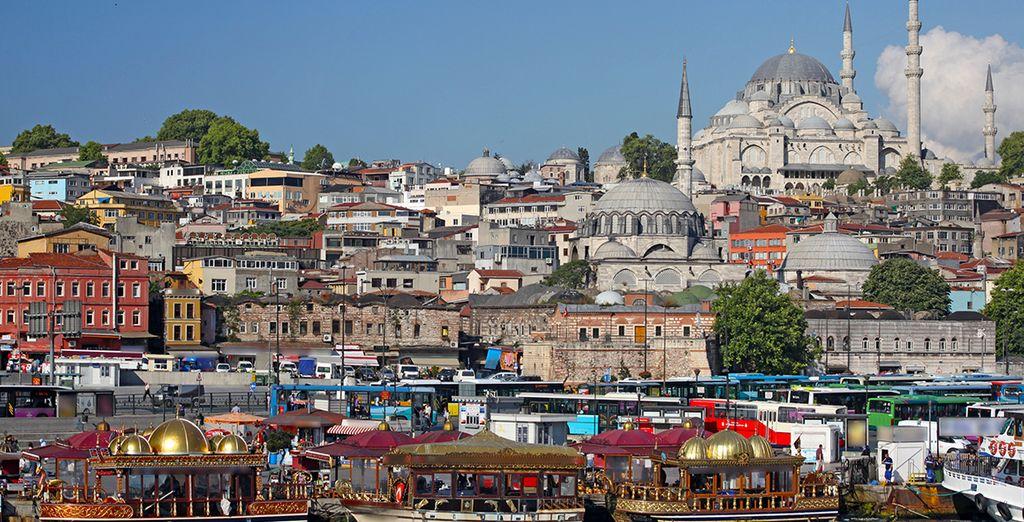 Visita las mezquitas, iglesias y sinagogas