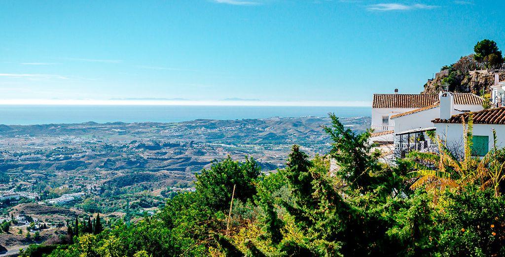 Contempla Fuengirola desde Mijas
