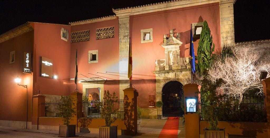 Situado en pleno centro histórico de Trujillo - Hotel Izán Trujillo 4* Trujillo