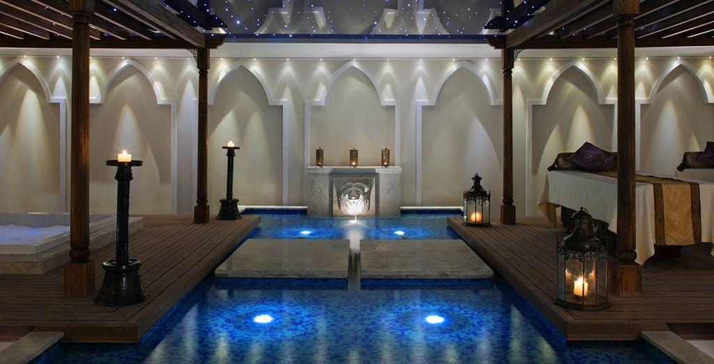 Le luxueux Spa vous accueillera pour une pause détente