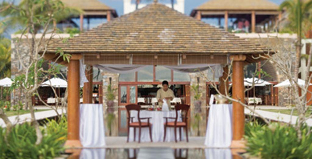 H 244 Tel Movenpick Resort Amp Spa Sup Bel Ombre Ile