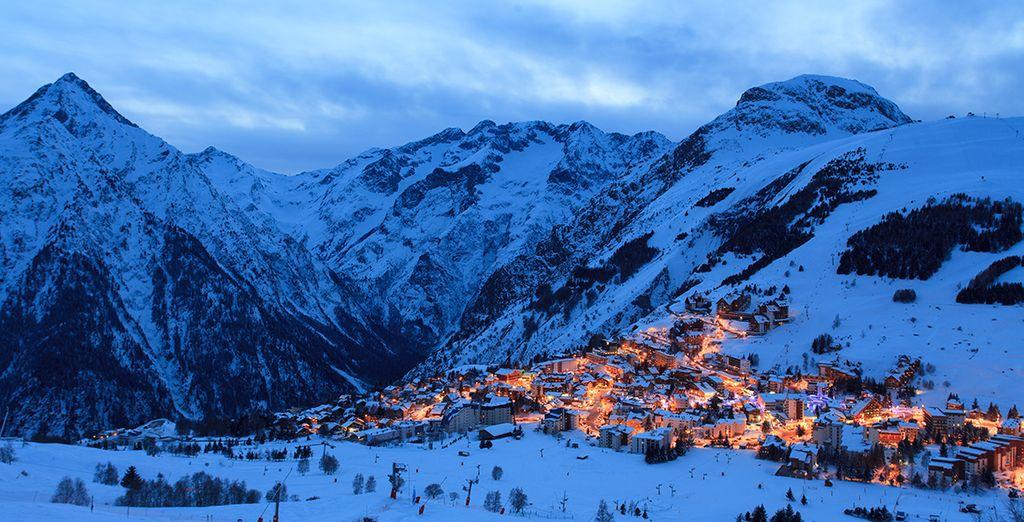 H tel ibiza voyage priv jusqu 39 70 for Piscine les deux alpes
