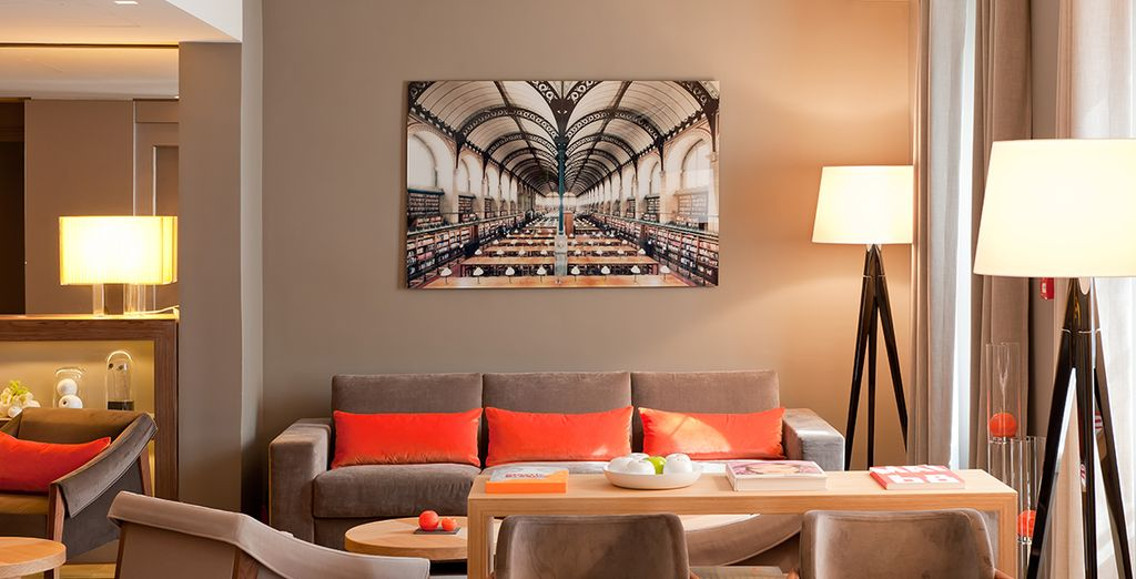 h tel tourville eiffel 4 voyage priv jusqu 39 70. Black Bedroom Furniture Sets. Home Design Ideas