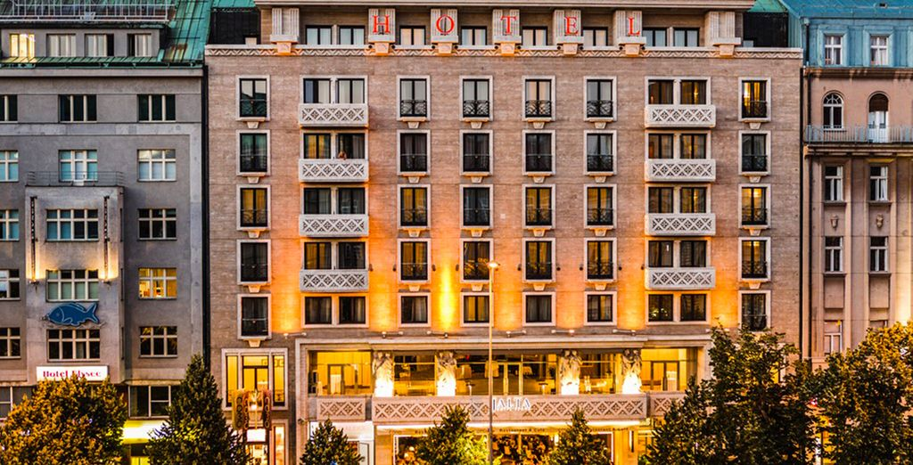 Et installez-vous à l'hôtel Jalta, un établissement 5* de luxe - Hôtel Jalta 5* Prague