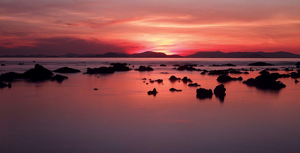 N'attendez plus, vous aurez le privilège d'admirer des couchers de soleil parmi les plus beaux au monde !