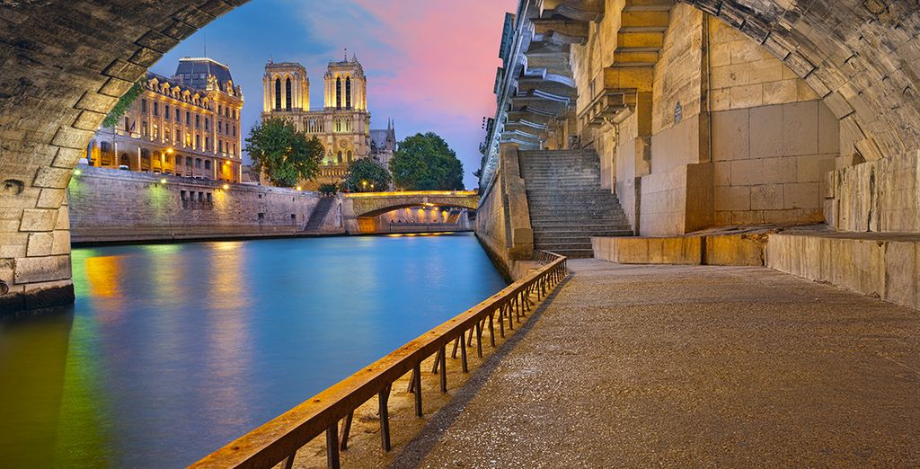 Discover the wonders of the French capital