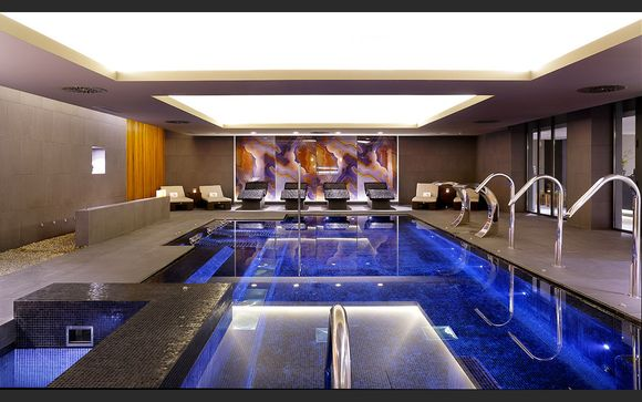 Crowne Plaza Barcelona - Fira Center 4*