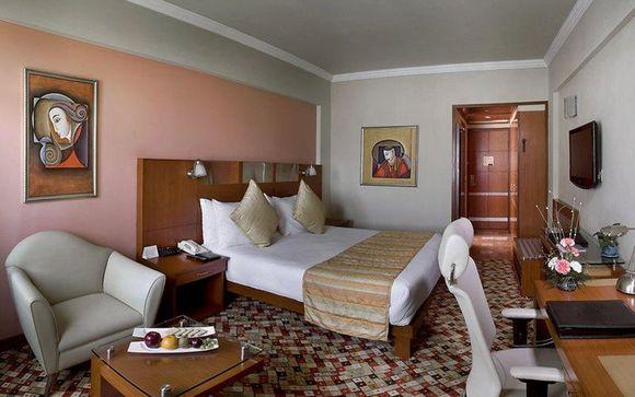 Reviews golden triangle shimla tour voyage priv for Agra fine indian cuisine reviews
