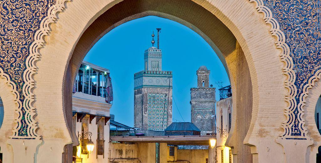 Folgen Sie unserem Reiseleiter, um alle Städte Marokkos zu entdecken.