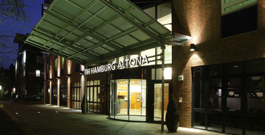 NH Hamburg Altona 4*