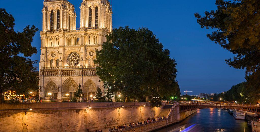 Die prächtige Kathedrale von Notre Dame de Paris