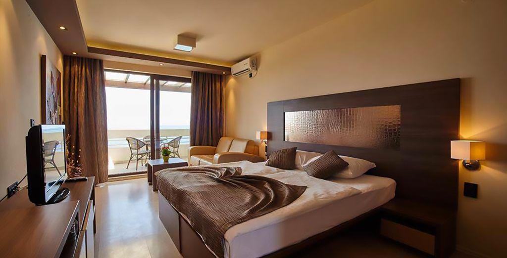 Oder in einem Luxury Zimmer mit Meerblick