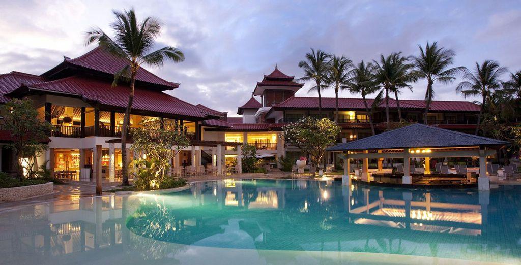 Anschließend geht es ins Holiday Inn Baruna...