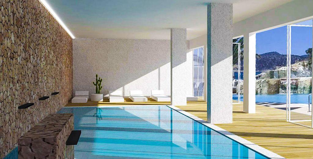 Erfrischen Sie sich am Pool