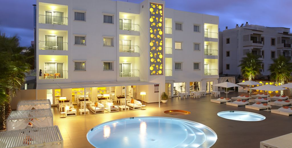 Ibiza Sun Apartments 4* mit Voyage Privé