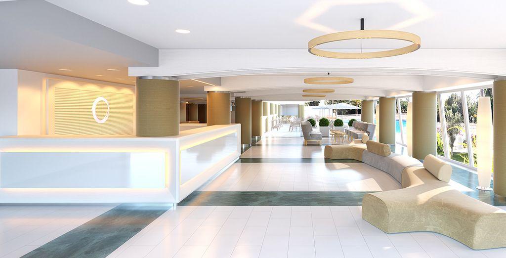 ...mit seiner eleganten und modernen Einrichtung