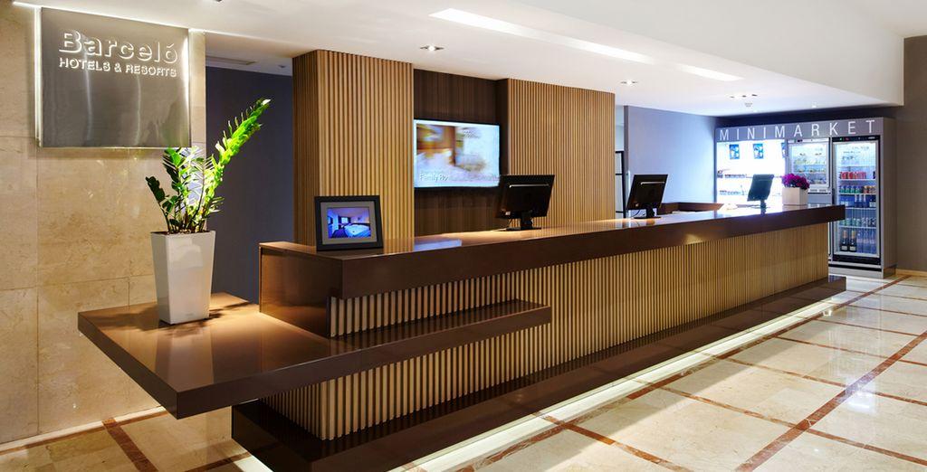 Das Hotel Occidental Praha Five begrüßt Sie recht herzlich!