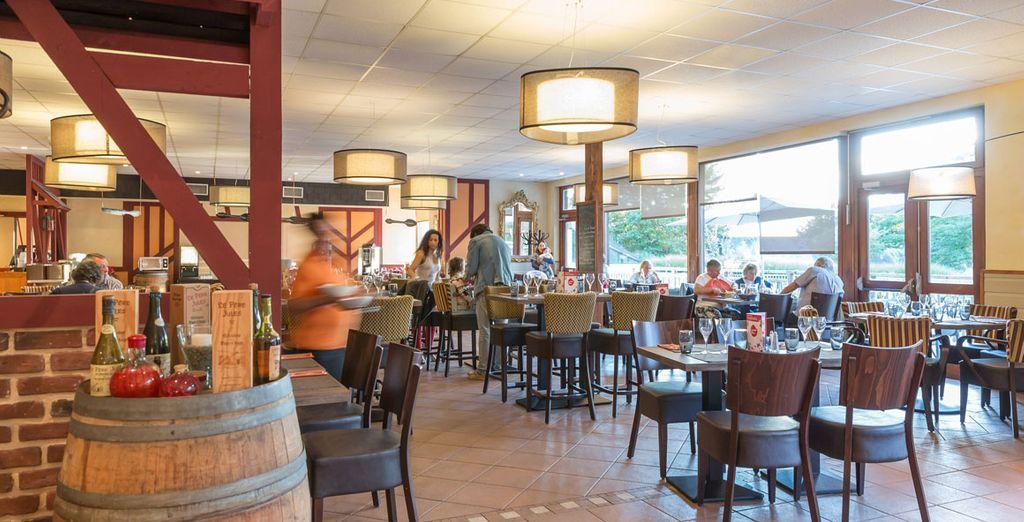 Gönnen Sie sich eine Gourmet-Pause im Club-Restaurant