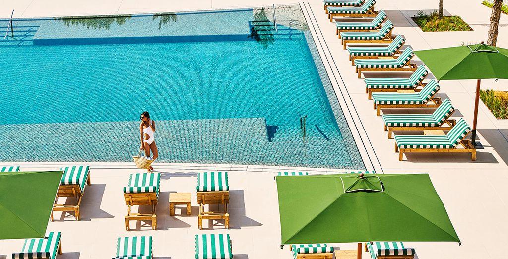 Das luxuriöse Hotel Camiral 5* heißt Sie herzlich willkommen!