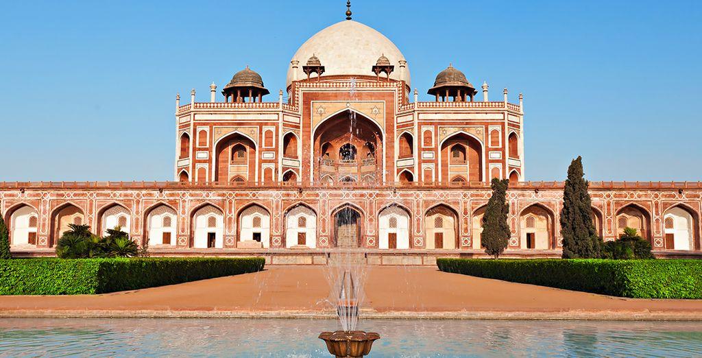 Ihre Reise beginnt in Delhi