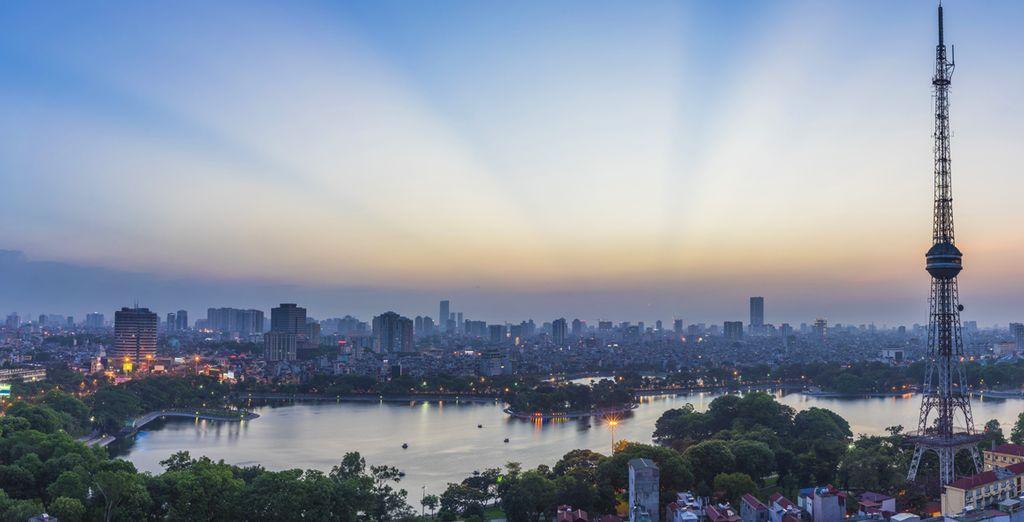 Erleben Sie eine spannende Reise von Hanoi...