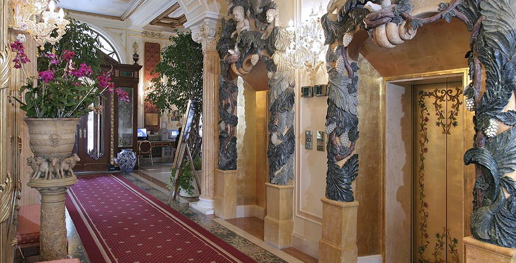 ... mit barocken Dekorationen