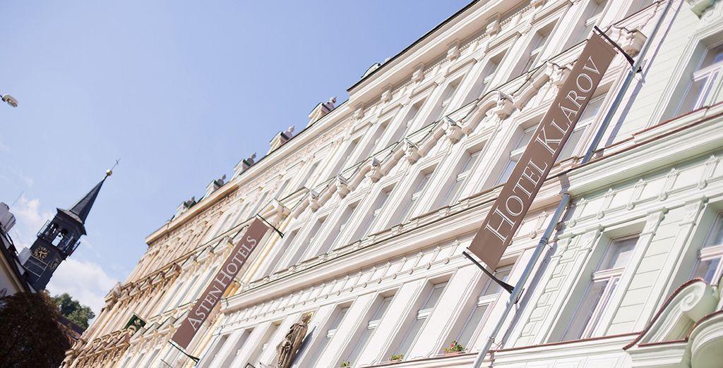 Das hervorragende 4* Hotel Klarov heißt Sie herzlich Willkommen