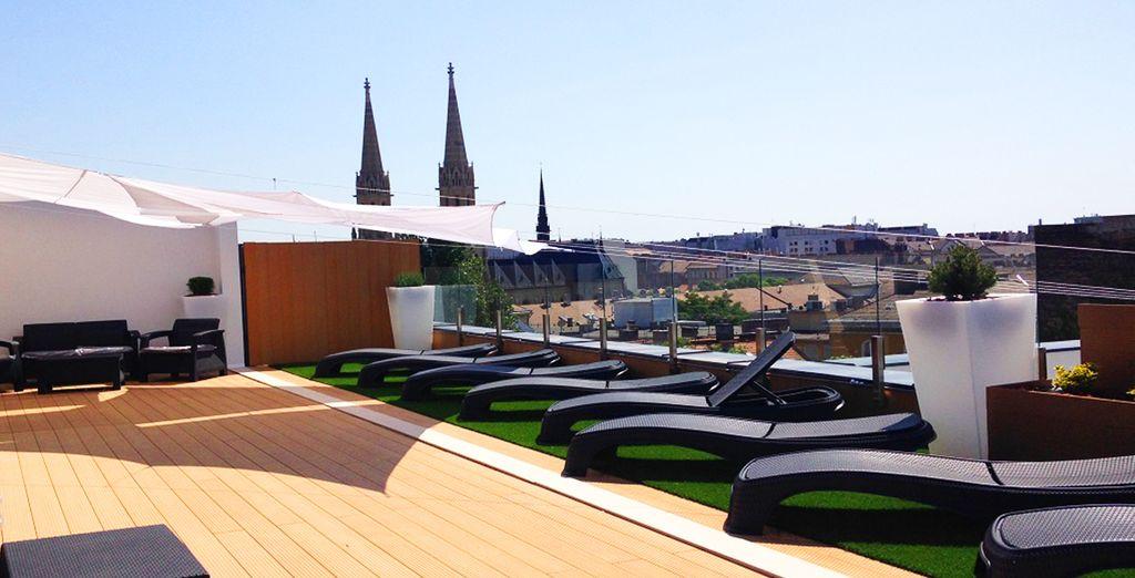 Machen Sie sich auf den Weg zum Spa auf dem Dach für Wellness in einer malerischen Umgebung