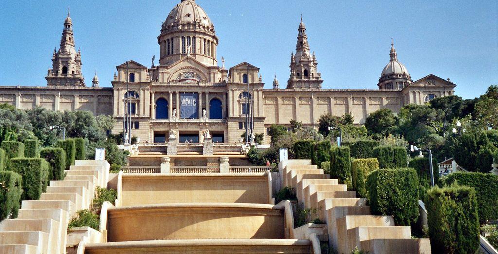 Entdecken Sie die berühmten Monumente von Barcelona