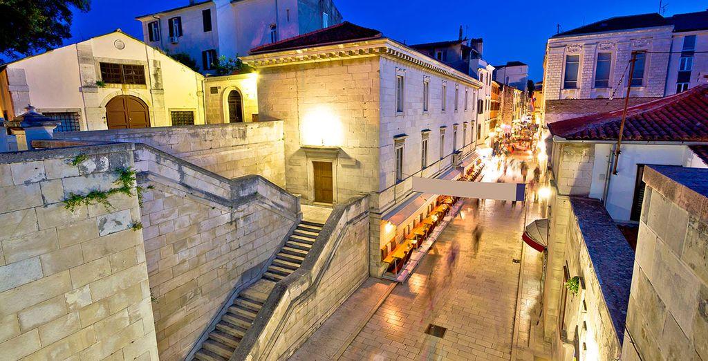 Feiern in der Stradun Street in Dubrovnik