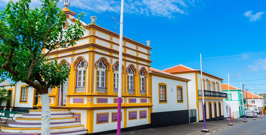 Verbringen Sie Ihren Urlaub auf den Azoren und bewundern Sie die wilden Landschaften