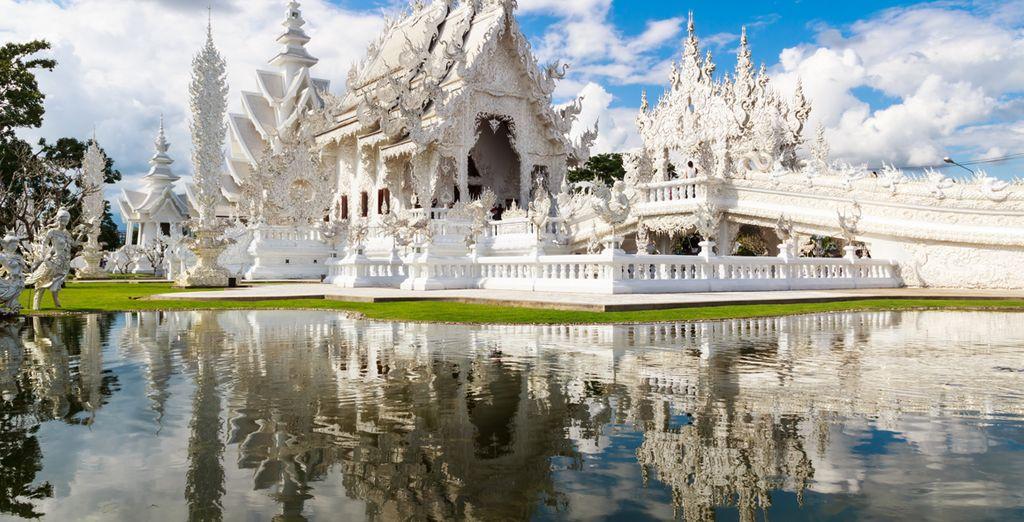 Besuchen Sie prächtige buddhistische Tempel für eine kulturelle Reise nach Thailand
