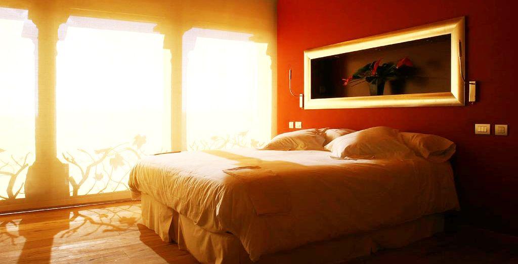 Deja tus maletas en la habitación Estándar, acogedora y cómoda