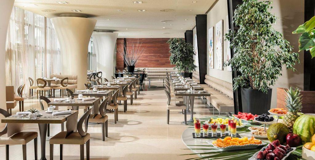 O disfruta de la comida mediterránea en el restaurante Oligo