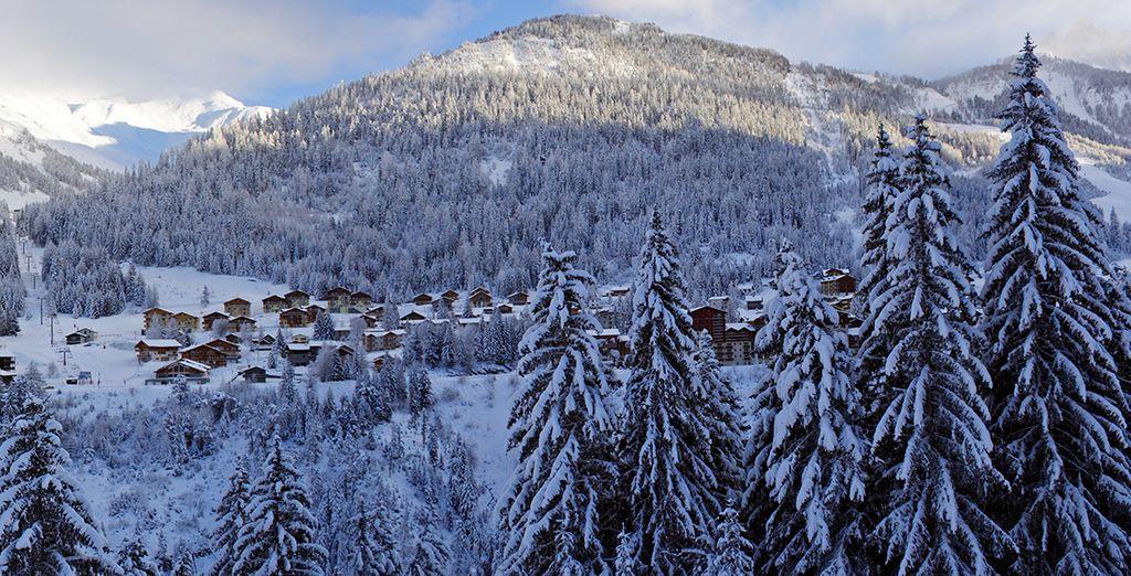 Un encantador pueblo en los alpes franceses