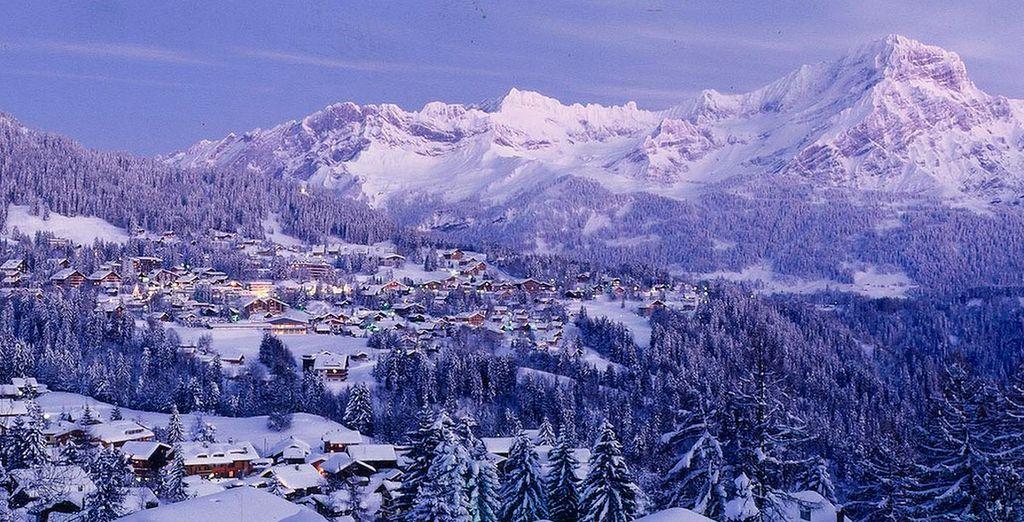 Un lugar de fábula, cubierto por la nieve en los Alpes