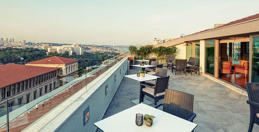 Deléitese con sus fascinantes vistas a Estambul