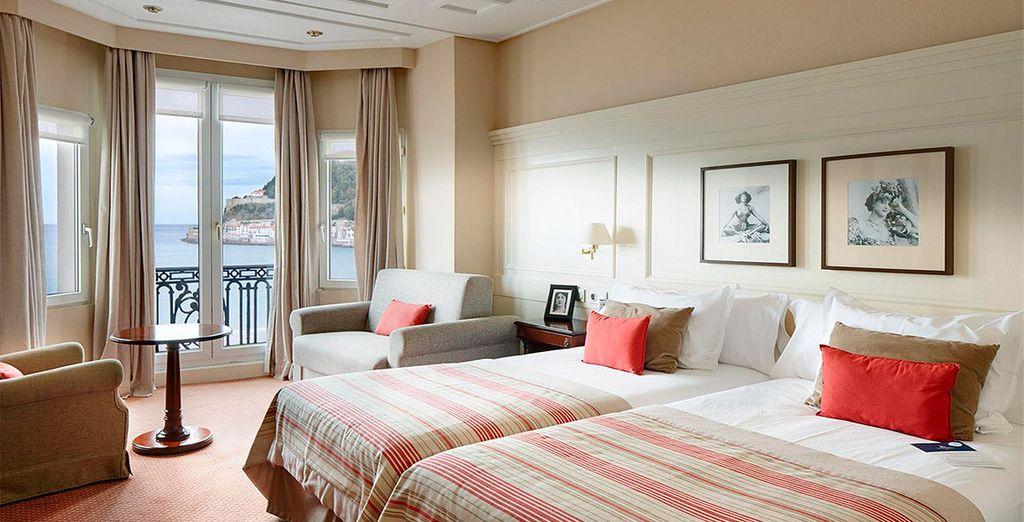Elige una habitación Deluxe con vistas al mar