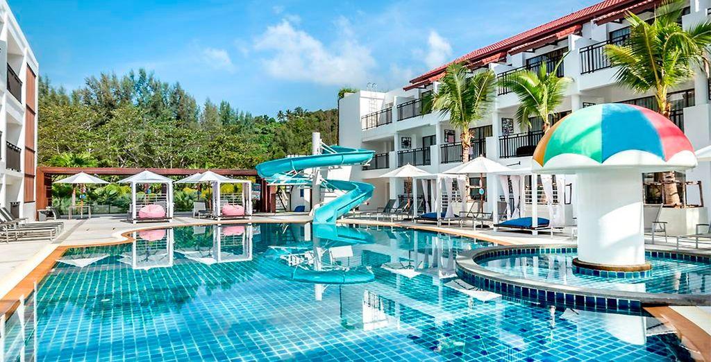 Novotel Phuket Karon Beach Resort 4*, tu hotel de categoría Superior en Phuket