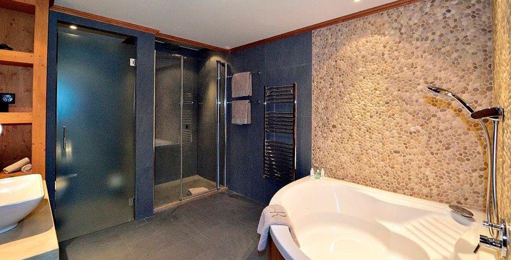 El baño que dispondrá en su Junior Suite