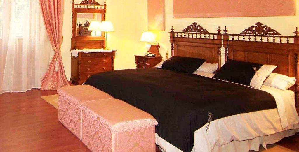Habitaciones restauradas como un antiguo palacete