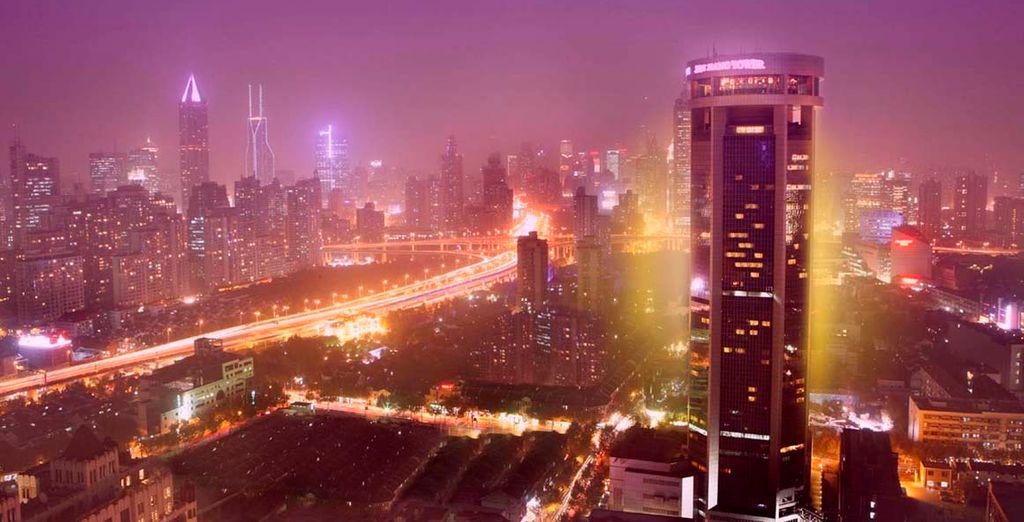 Hotel Jin Jiang Tower 5*, Shanghai