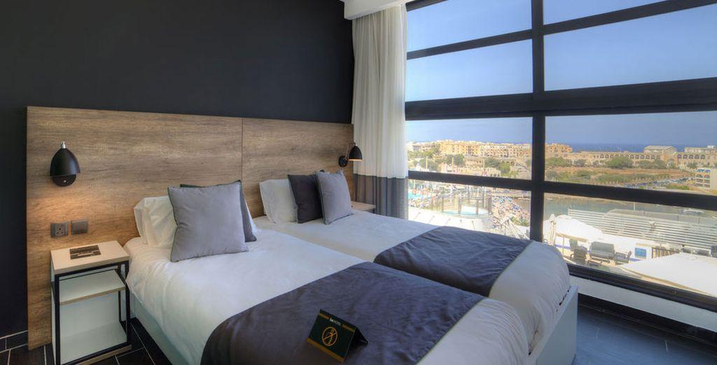 Disfruta de tu habitación Deluxe con vistas al mar
