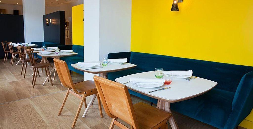 Moderno restaurante con productos a la carta