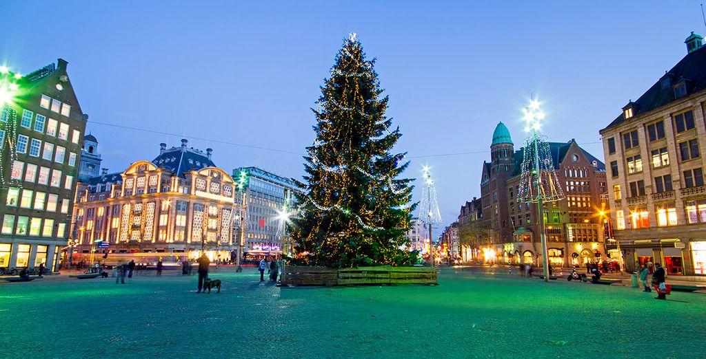 Además, si viajas en la época navideña, podrás disfrutar de toda su magia