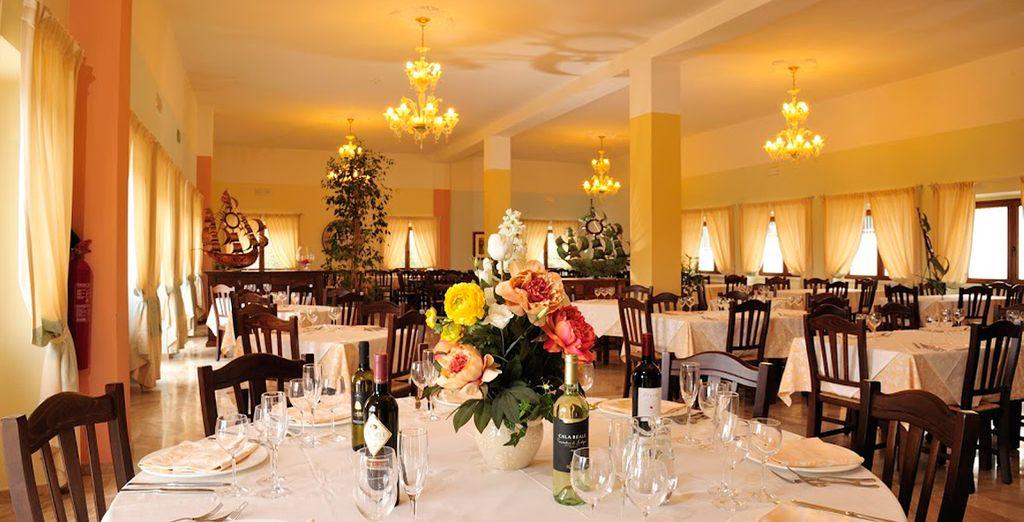 Deléitese en el restaurante del Brancamaria