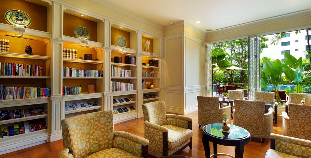 O puede ir a la biblioteca y leer un libro, Hotel Grande Centre Point